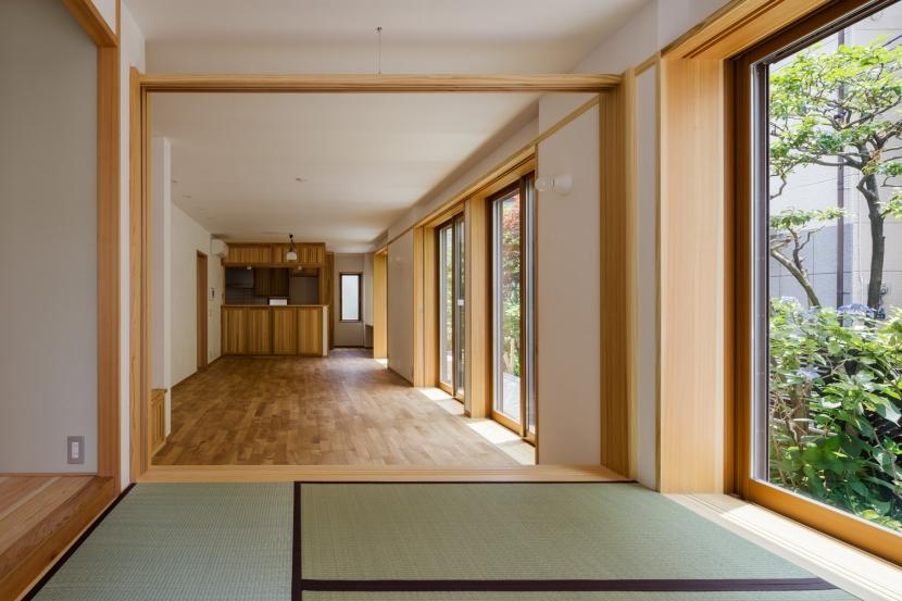 木造耐火でつくる木の住まいの部屋 無垢の木と本漆喰の住まい