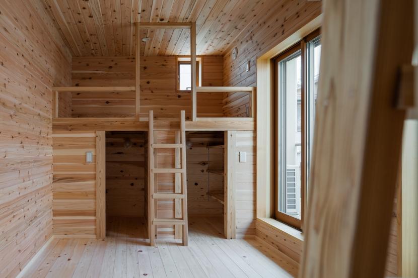 建築家:新井敏洋・眞理「木造耐火でつくる木の住まい」