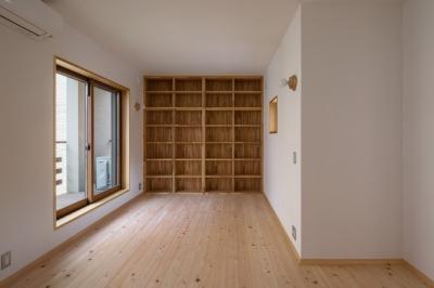寝室の書斎コーナー (木造耐火でつくる木の住まい)