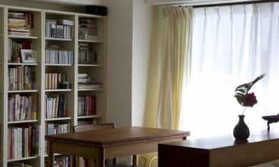 書斎スペース|nr邸・アンティークな家具たちが映えるお部屋に