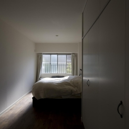 nr邸・アンティークな家具たちが映えるお部屋に (ベッドルーム)