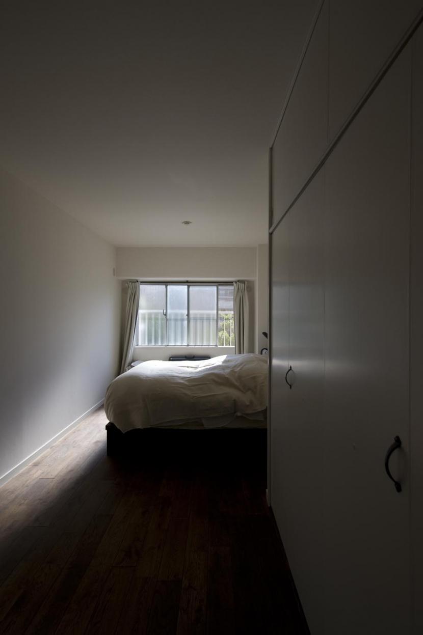nr邸・アンティークな家具たちが映えるお部屋にの写真 ベッドルーム