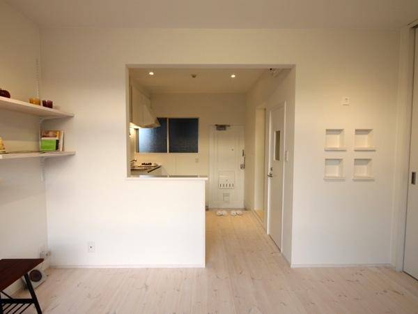 @ajito~白い壁と白い床~の部屋 1k