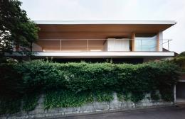 緑山の家 (外観)