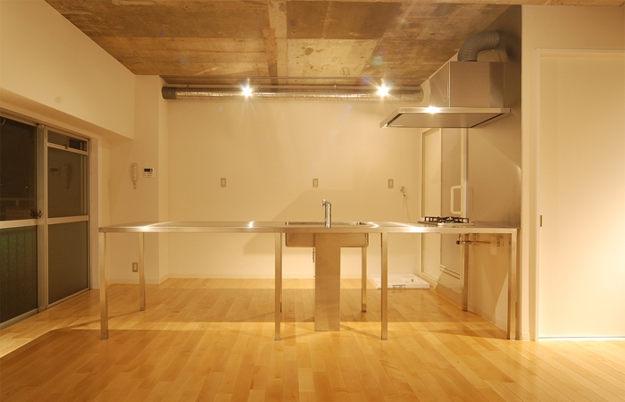 MÖBIUSの部屋 キッチン3