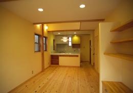小さな家1 (ちょうどいい大きさの居間)