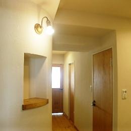 フレンチカントリーの家 (玄関廊下)