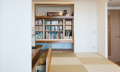 LDKと一体感のある畳スペース (畳下収納)