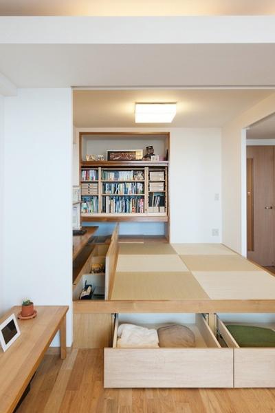 畳下収納 (LDKと一体感のある畳スペース)