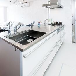 モダンデザインハウス (キッチン)