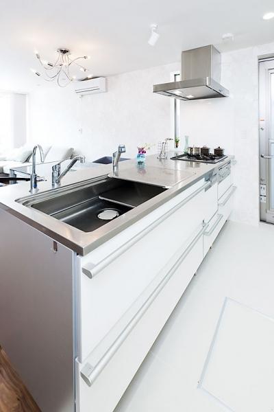 キッチン (モダンデザインハウス)