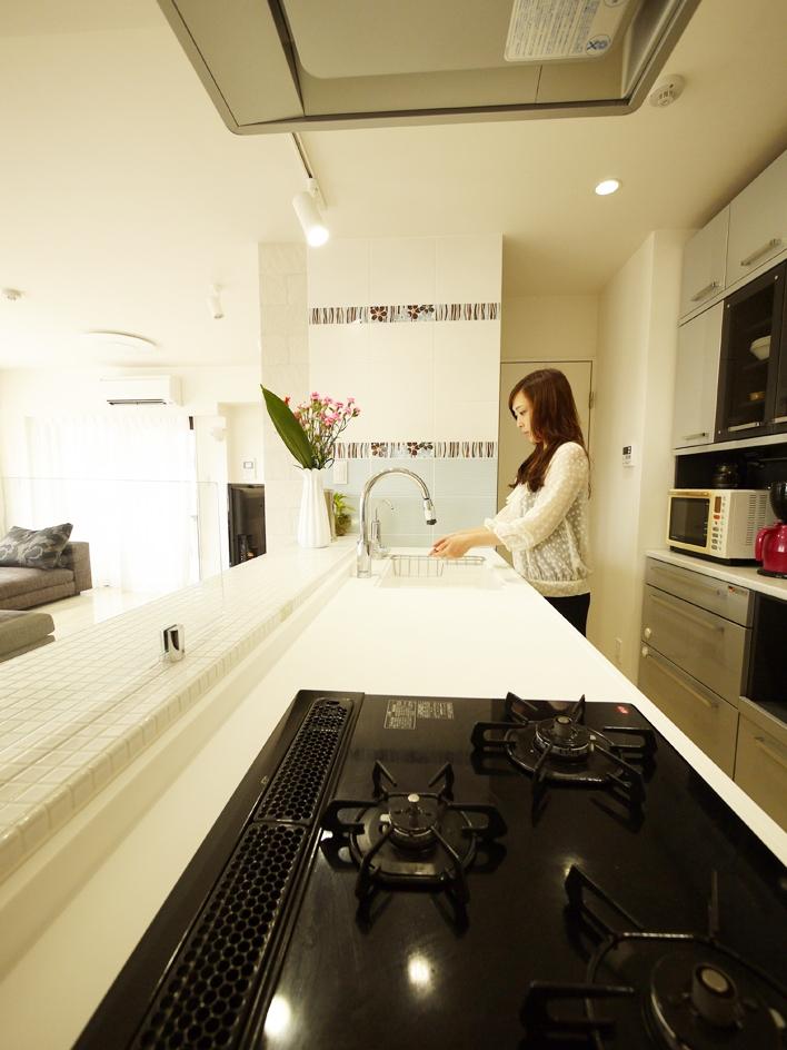 case100・リノベーションで手にいれた、ホテルライクな暮らし。の部屋 キッチン