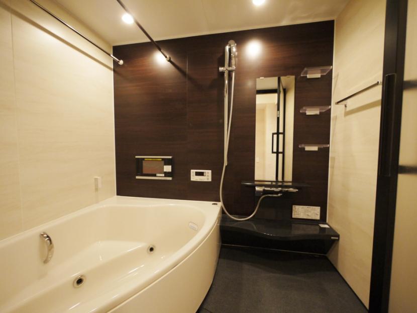 case100・リノベーションで手にいれた、ホテルライクな暮らし。の部屋 バスルーム