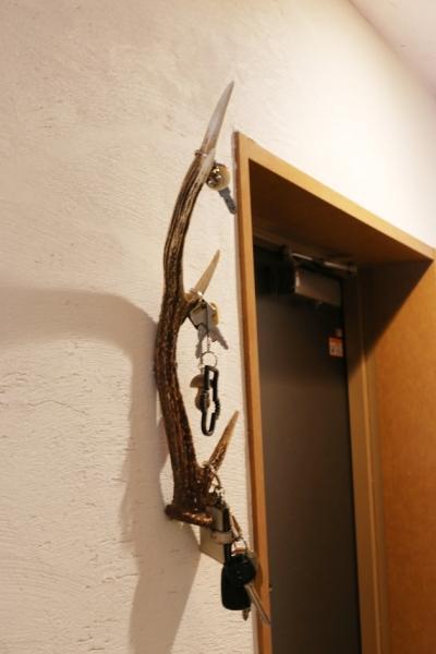 玄関キーホルダー (case114・地中海リゾートが漂う漆喰塗り壁の住まい。)