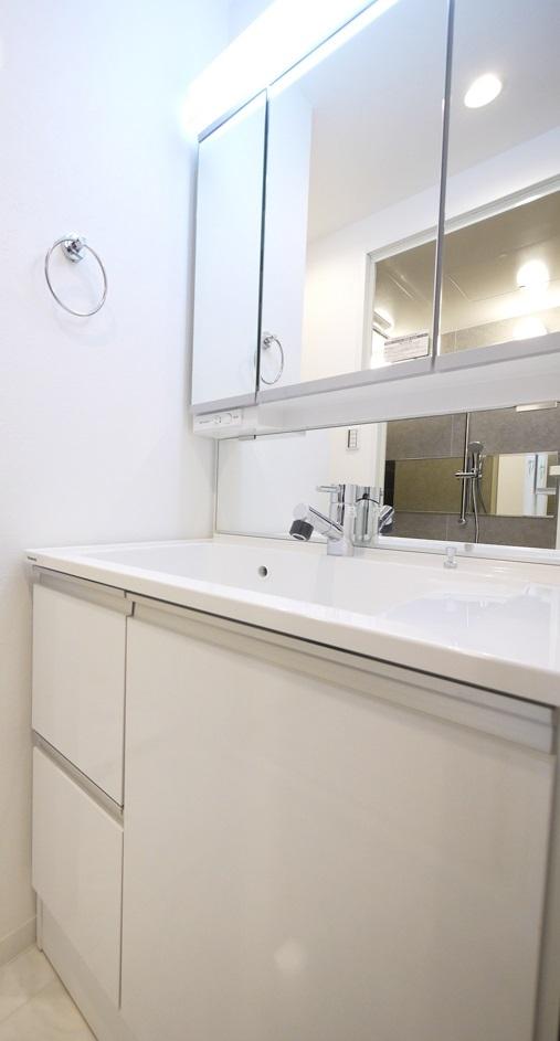 case117・丁寧に仕上げたファミリー向けマンション。の写真 洗面所