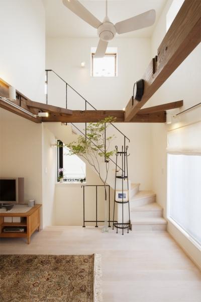 階段 (U邸・南欧の田舎家にあこがれてゆったり暮らす)
