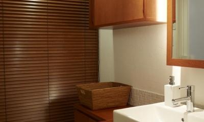 洗面所|T邸・南の風が吹き抜けるカフェリゾート空間