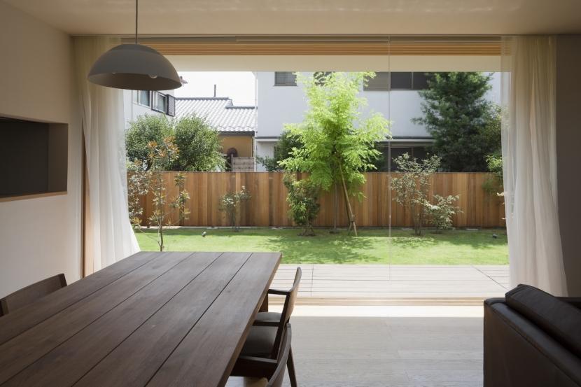 建築家:NAOI「庭がつくるいえ」