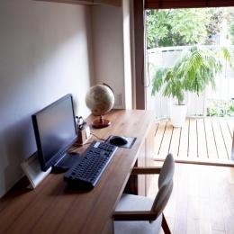 T邸・南の風が吹き抜けるカフェリゾート空間 (PCスペース)
