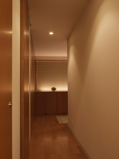 野洲の家 (廊下)