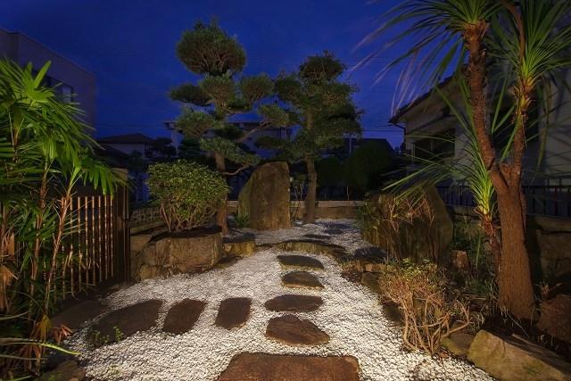 伝統構法を生かした美しい耐震改修の写真 庭園