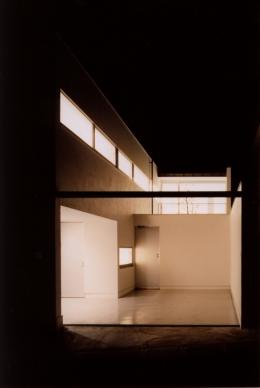 藤沢の住宅 (アプローチ夜景)