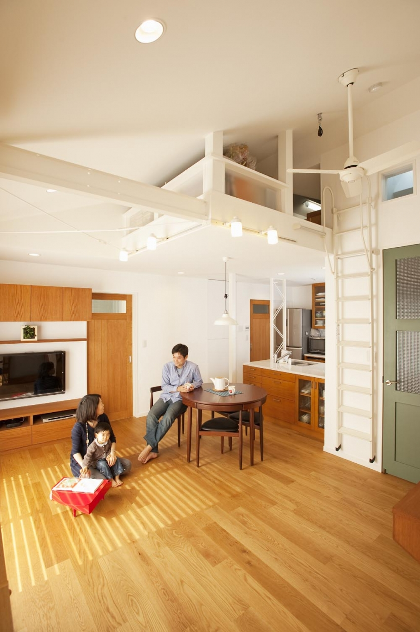 O様邸・楽しくコンパクトに二世帯で暮らすための家の部屋 リビング(ロフト)