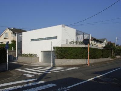 横浜のコートハウス (外観)