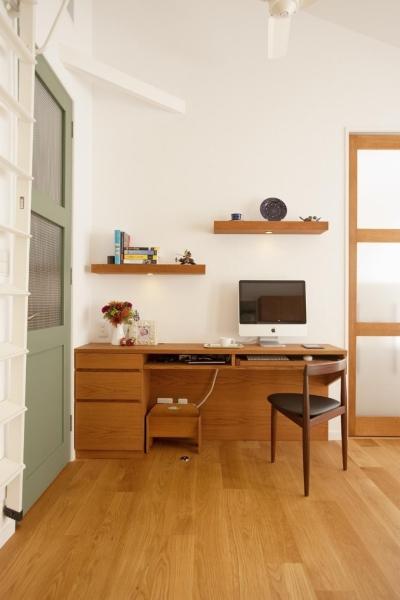 書斎スペース (O様邸・楽しくコンパクトに二世帯で暮らすための家)