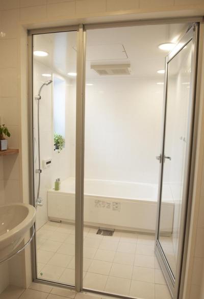 3F・バスルーム (N邸・こだわりのシンプルナチュラル空間)