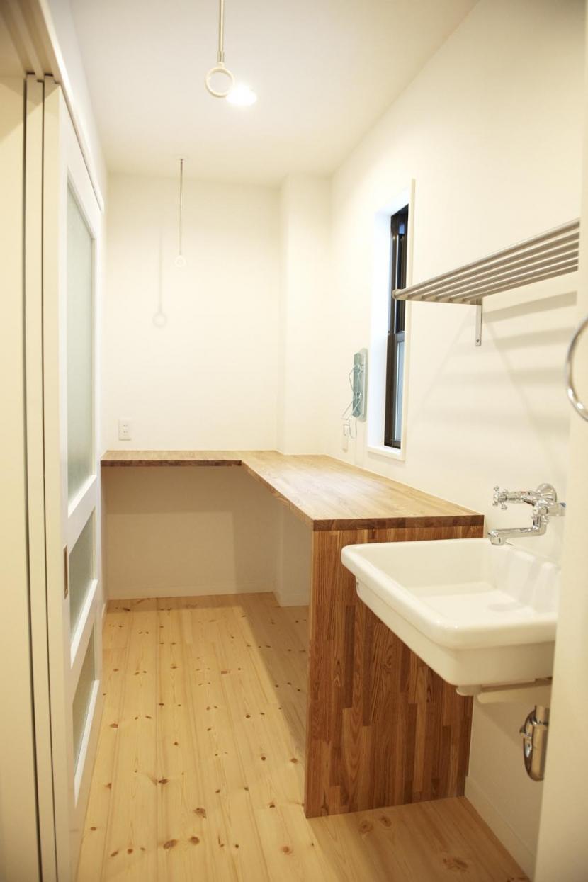 N邸・こだわりのシンプルナチュラル空間の部屋 3F・ランドリールーム