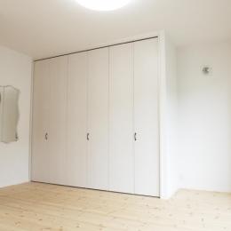 N邸・こだわりのシンプルナチュラル空間 (3F・主寝室)