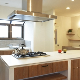 キッチン (N邸・こだわりのシンプルナチュラル空間)