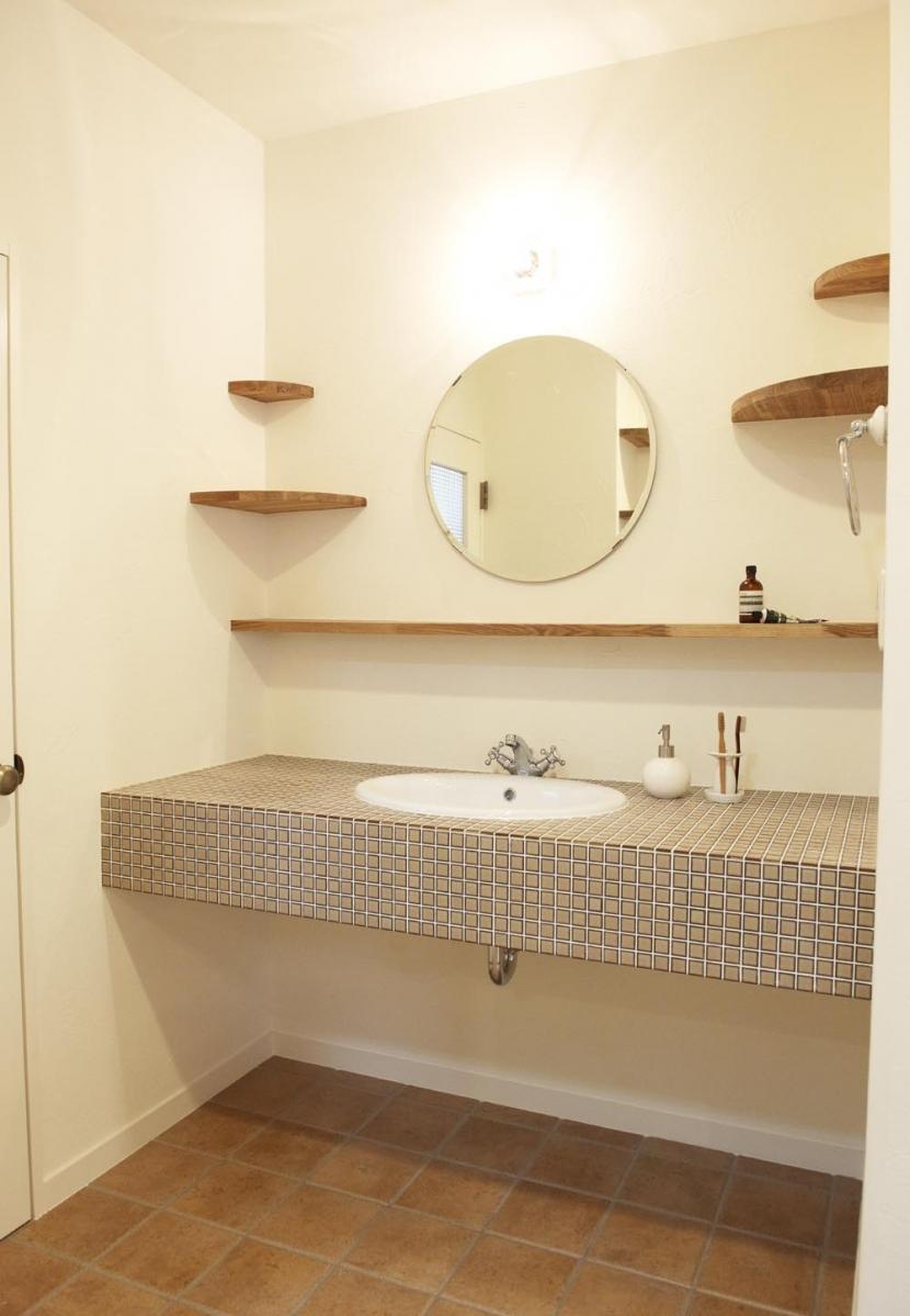 N邸・こだわりのシンプルナチュラル空間 (2F・洗面台)