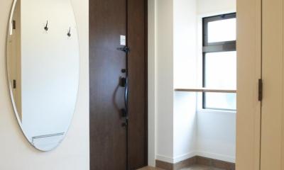 N邸・こだわりのシンプルナチュラル空間 (玄関)