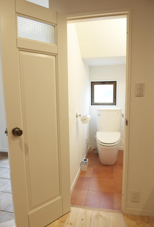 N邸・こだわりのシンプルナチュラル空間の部屋 1F・トイレ