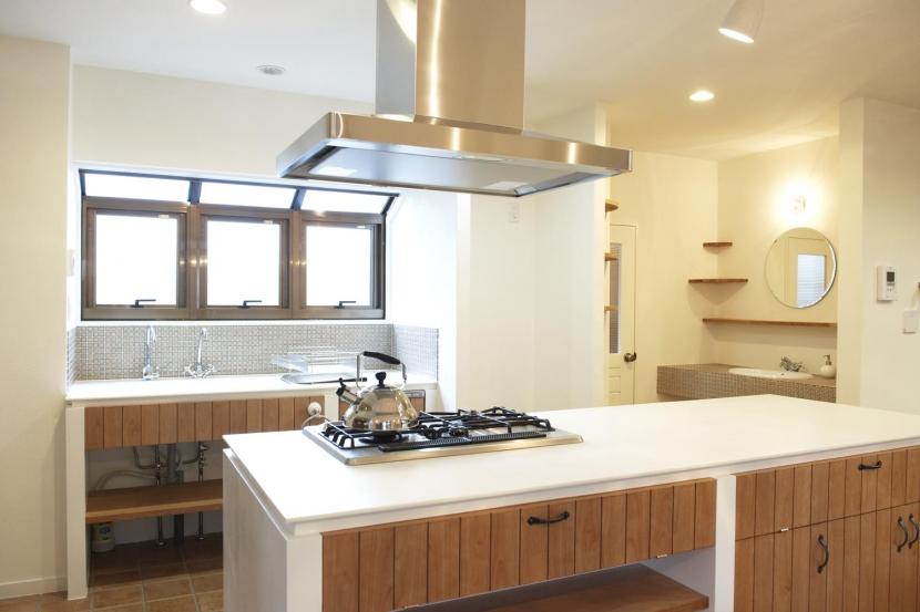 N邸・こだわりのシンプルナチュラル空間の写真 2F・キッチン-2