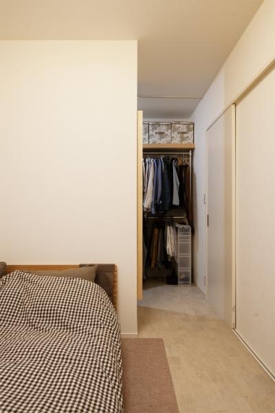 ベッドルーム(WIC) (SU邸・明るくさわやかに ここから始まる2人の暮らし)