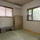 T邸・オリジナルキッチンと家具で光と風が遊ぶ憧れのリビングの写真 和室