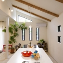 T邸・オリジナルキッチンと家具で光と風が遊ぶ憧れのリビングの写真 キッチン4