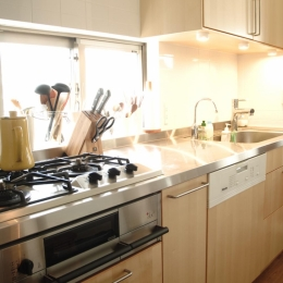 S邸・こだわりをたっぷり詰め込んだ、無垢材の温もり溢れる空間