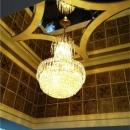 鏡張りの「吹き抜け」に象徴されるグレードの高い空間演出