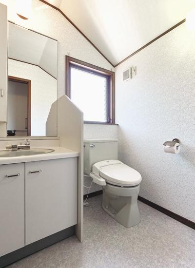 夢をかなえたリノベーション、こだわりの自宅サロン。の部屋 清潔感のあるリラックススペース