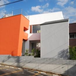 宮坂の二世帯住宅 (外観)