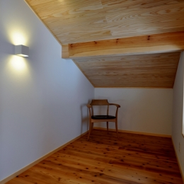 ピアノのある家 (2階ホール)