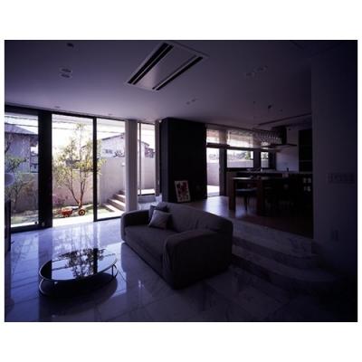 青山台の家 (室内2)