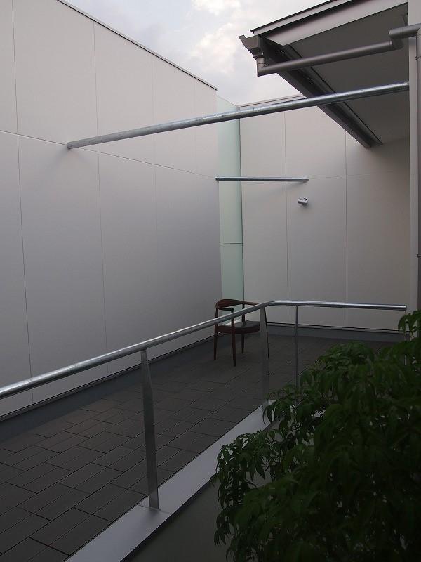 アウトドア事例:ルーフバルコニー(LIGHT COURT HOUSE)