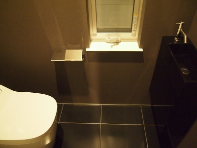 トイレ (LIGHT COURT HOUSE)