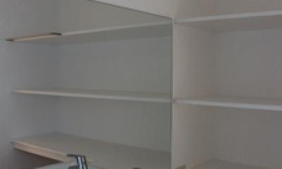 金沢文庫の家 (一階 洗面室)