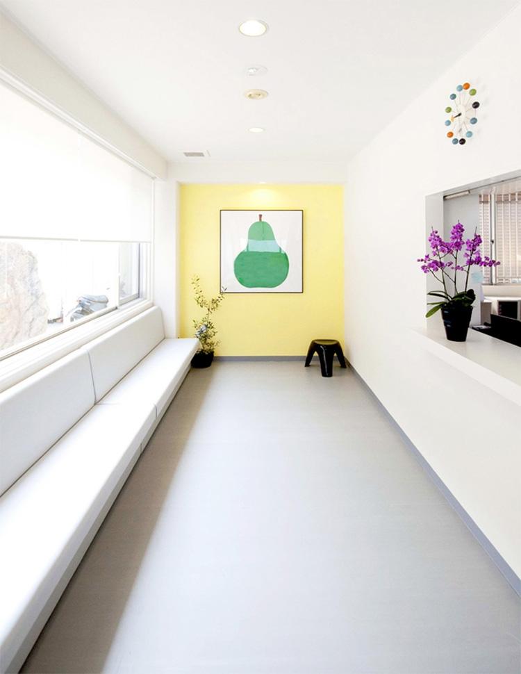 海田のクリニックの部屋 待合スペース
